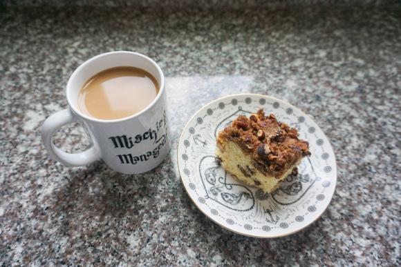 raisin sour cream coffee cake (10 of 10)