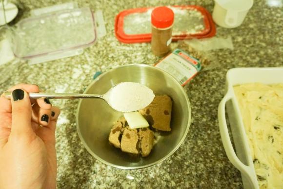 raisin sour cream coffee cake (7 of 10)