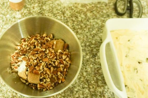 raisin sour cream coffee cake (8 of 10)